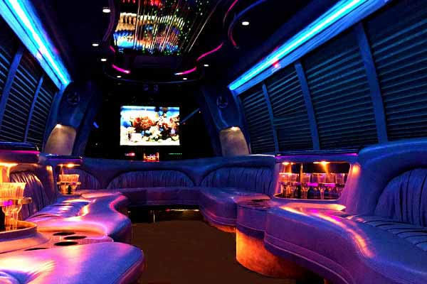 18 passenger party bus rental West Jefferson