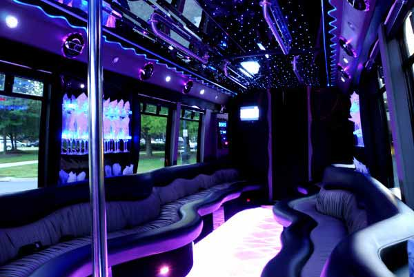 22 people party bus Newark
