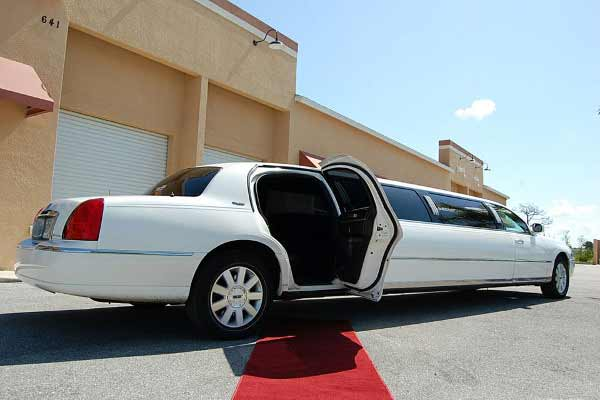 lincoln stretch limousine Dublin